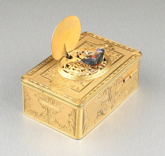Antique Gilt metal singing bird box, by Bontems