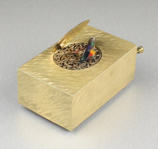 Gilt bronze singing bird box, by Marguerat