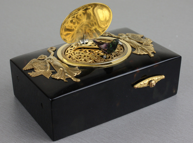 Tortoiseshell and gilt metal singing bird box, by Bontems